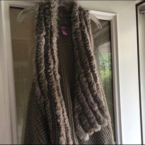 Olivia M Sweater Vest trimmed with Rabbit fur